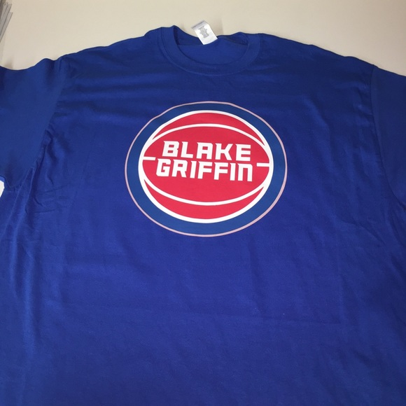 sports shoes 5bd11 d7b9e Detroit Pistons Blake Griffin Shirt NWT